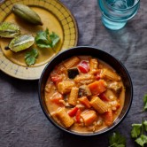 Thai Red Vegetable Curry 4 x 380g